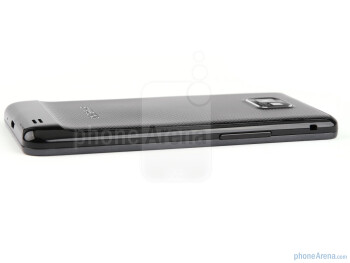 The sides of the Samsung Galaxy S II - Samsung Galaxy S II Preview
