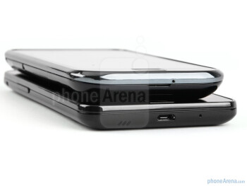 The Samsung Galaxy S II (down) and the Samsung Galaxy S (top) - Samsung Galaxy S II Preview