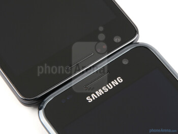 The Samsung Galaxy S II (up) and the Samsung Galaxy S (down) - Samsung Galaxy S II Preview