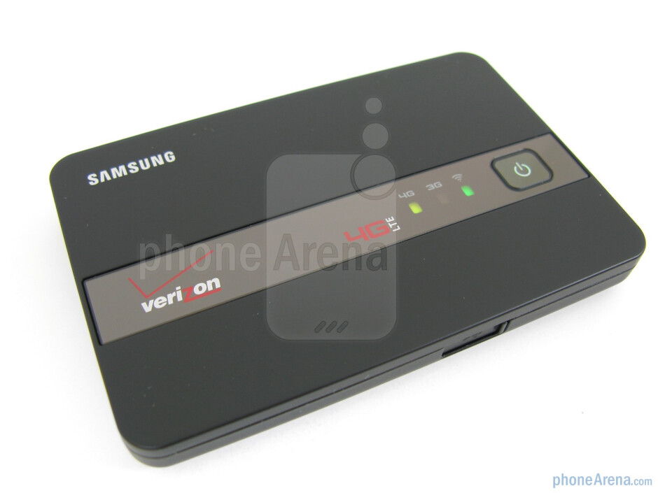 Notification LEDs on the front of the Samsung 4G HotSpot - Samsung 4G Mobile HotSpot for Verizon Review