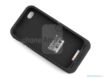 To fit your handset in the case, simply take off the top part and push the iPhone in for a snug fit - Mophie juice pack plus for iPhone 4 Review