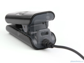The i.Tech VoiceClip 609 is a clip that attaches to the user's clothing - iTech VoiceClip 609 Bluetooth Headset Review