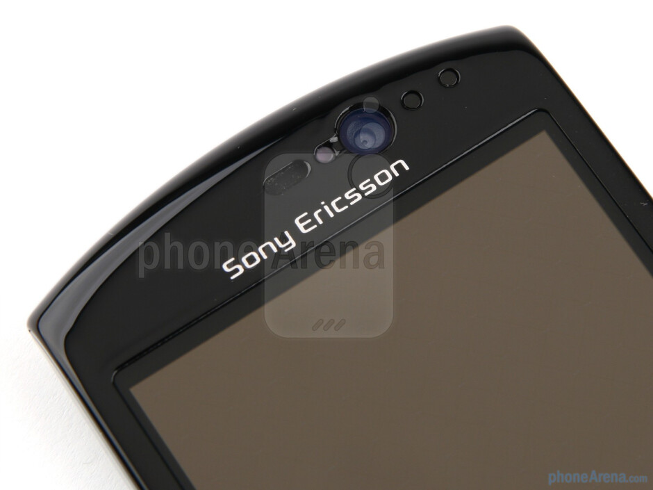 Front facing camera - Sony Ericsson Xperia neo Review