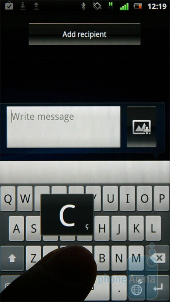 The on-screen QWERTY keyboard of the Sony Ericsson Xperia neo   is relatively comfortable to use - Sony Ericsson Xperia neo Review