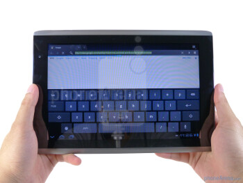 The Acer ICONIA TAB A500 utilize a brushed aluminum exterior - Acer ICONIA TAB A500 Review