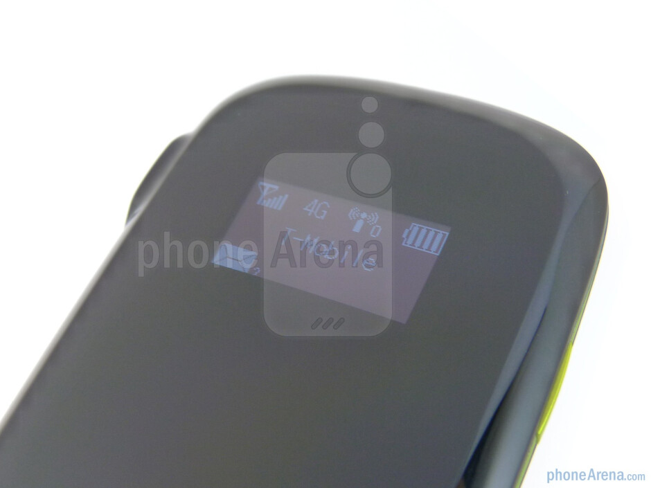 A small OLED display provides pertinent information - T-Mobile 4G Mobile Hotspot Review