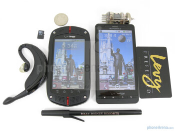 The Casio G'zOne Commando (left, bottom) and the Motorola Droid X (right, top) - Casio G'zOne Commando Review