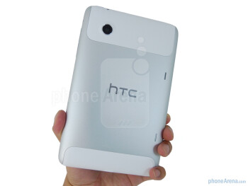 The HTC Flyer is sleek enough to hold comfortably with one hand - HTC Flyer Review