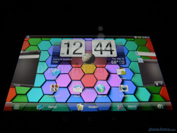 Viewing angles and high brightness output of the HTC Flyer - HTC Flyer Review