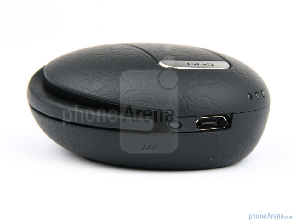 The newer Jabra STONE2 model looks pretty much identical to its well-crafted predecessor - Jabra STONE2 Review