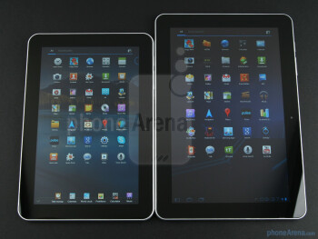 Samsung GALAXY Tab 8.9 (left), Samsung GALAXY Tab 10.1 (right) - Samsung GALAXY Tab 8.9 (top), Samsung GALAXY Tab 10.1 (middle),Apple iPad 2 (bottom) - Samsung GALAXY Tab 8.9 Preview