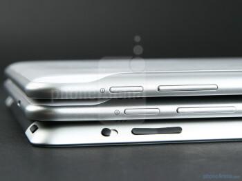 Samsung GALAXY Tab 8.9 (top), Samsung GALAXY Tab 10.1 (middle),Apple iPad 2 (bottom) - Samsung GALAXY Tab 8.9 Preview