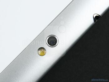 3.2MP rear  camera - Samsung GALAXY Tab 10.1 Review