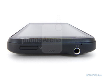 Top edge - The sides of the HTC EVO 3D  - HTC EVO 3D Review