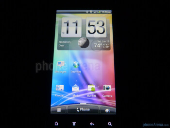 "The HTC EVO 3D has a 4.3"" qHD Super LCD display - HTC EVO 3D Review"