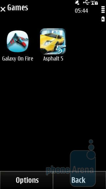 Preinstalled games - Nokia X7 Review
