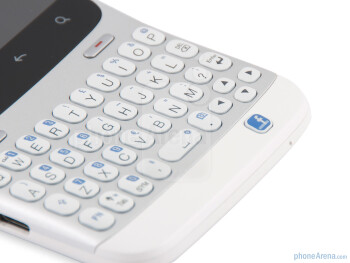 The keyboard of HTC ChaCha - HTC ChaCha Review