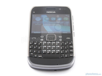 The screen sports a VGA resolution - Nokia E6 Review