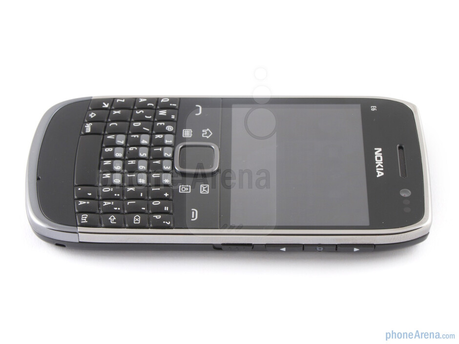 The four tiered QWERTY keyboard of Nokia E6 - Nokia E6 Review