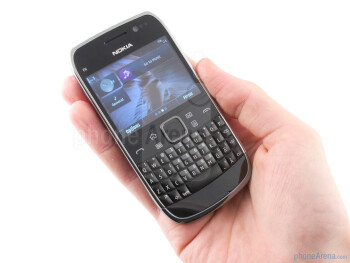 The Nokia E6 feels solid and durable - Nokia E6 Review
