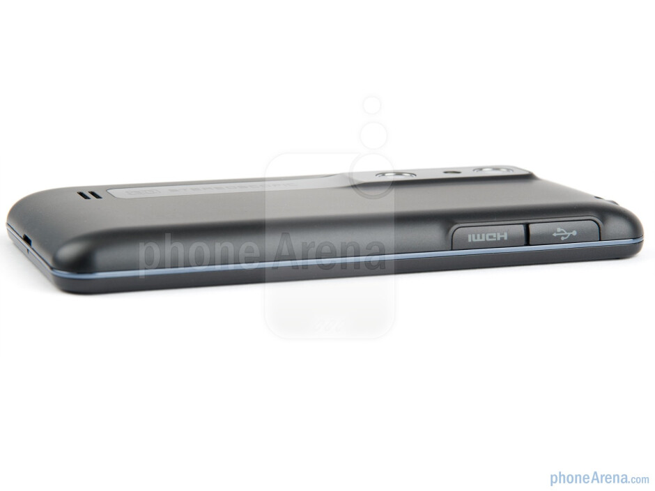 Left side - LG Optimus 3D (Thrill 4G) Preview