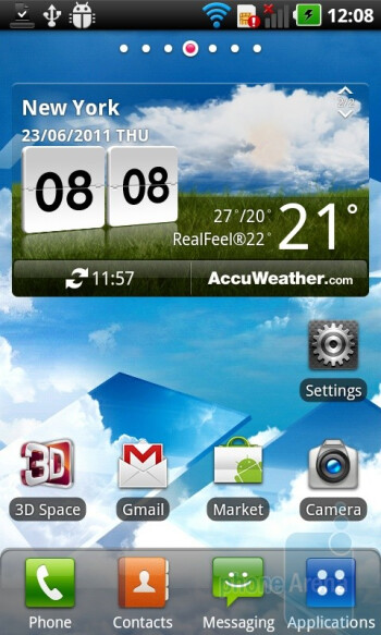 The LG Optimus 3D has Android 2.2 skinned with LG's Optimus UI - LG Optimus 3D (Thrill 4G) Review