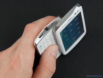 The Sony Ericsson txt pro looks very compact - Sony Ericsson txt pro Review