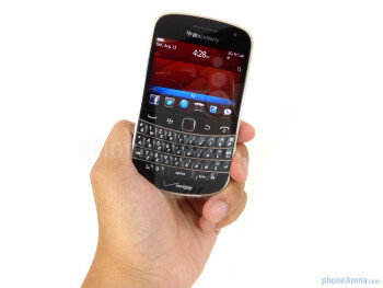 The RIM BlackBerry Bold 9930 is very streamlined and light weight - RIM BlackBerry Bold 9930 Review