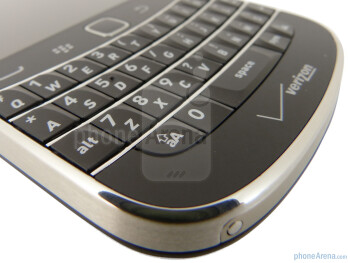 Keyboard - RIM BlackBerry Bold 9930 Review