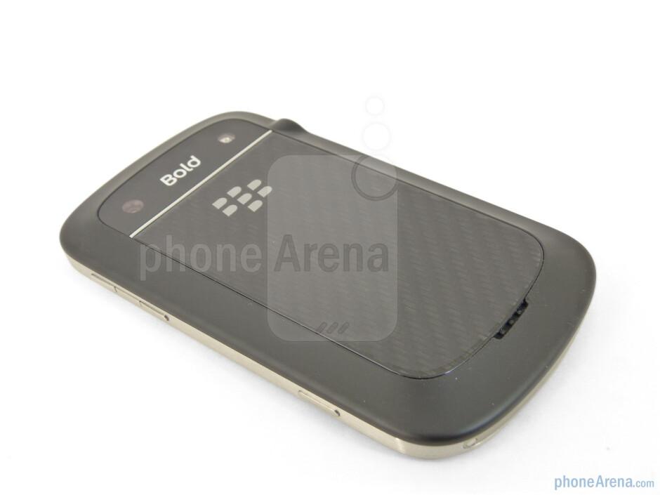 Back - RIM BlackBerry Bold 9930 Review