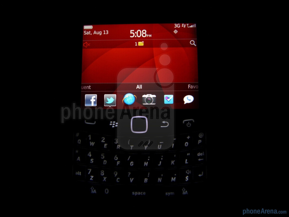Viewing angles - RIM BlackBerry Bold 9930 Review