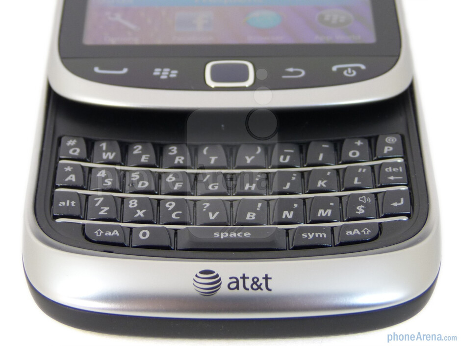 The keyboard of the RIM BlackBerry Torch 9810 - RIM BlackBerry Torch 9810 Review