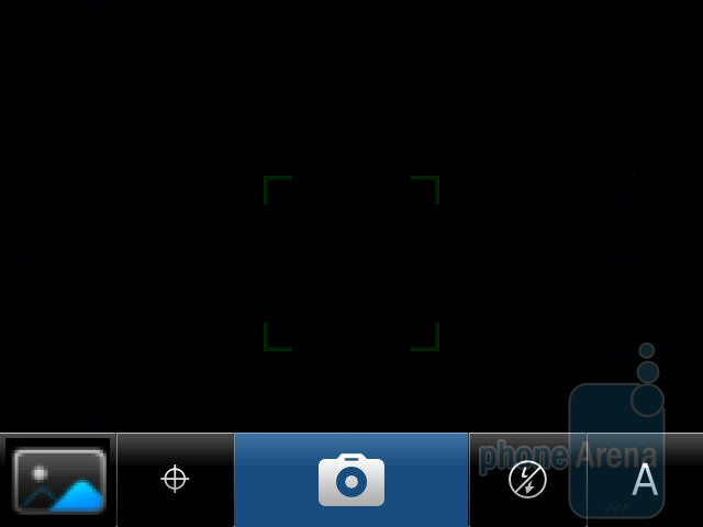 The camera interface - RIM BlackBerry Torch 9810 Review