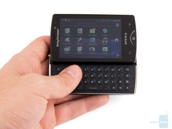 The Sony Ericsson Xperia mini pro is designed to be stylish and compact - Sony Ericsson Xperia mini pro Review