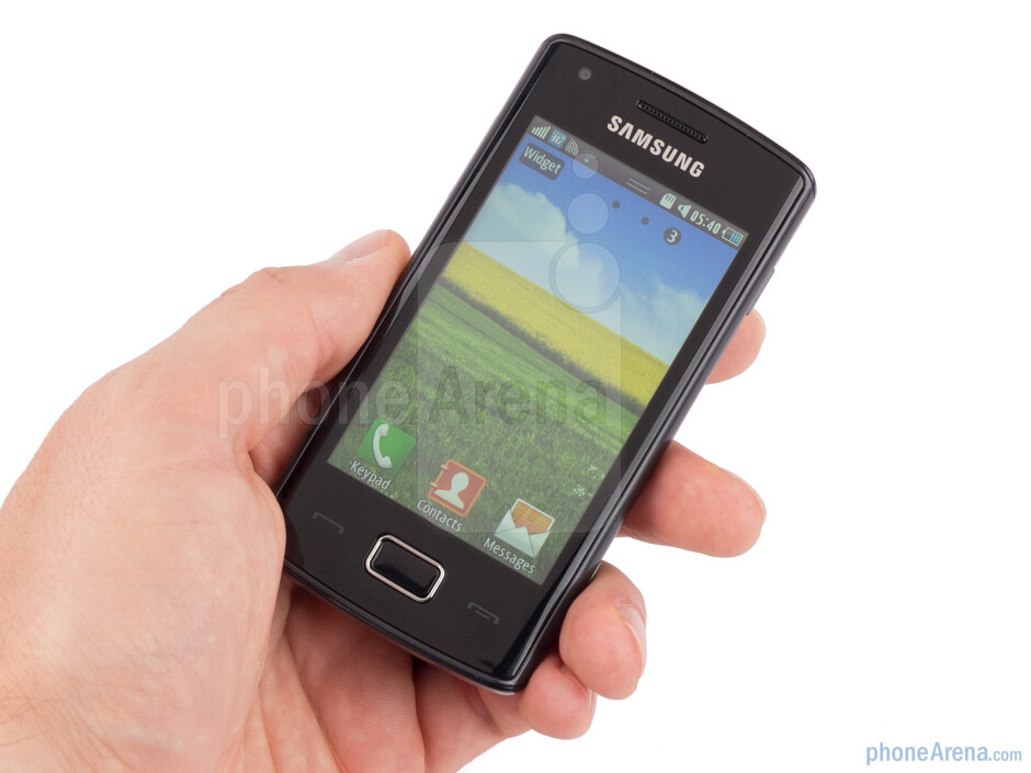 The Samsung Wave 578 has an overall basic, but pleasant design - Samsung Wave 578 Review