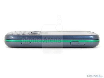 Right side - The sides of the Samsung Gravity TXT - Samsung Gravity TXT Review