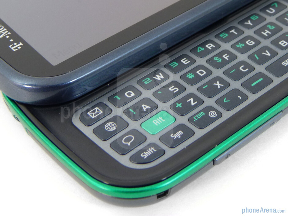 The 4-row landscape style physical keyboard - Samsung Gravity TXT Review