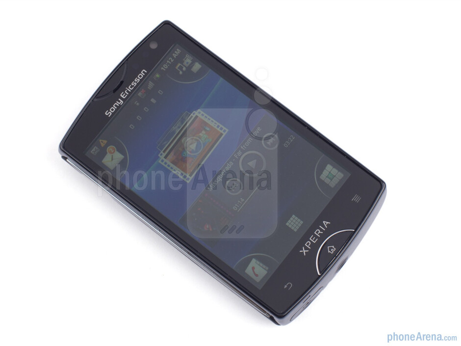 Front - Sony Ericsson Xperia mini Review