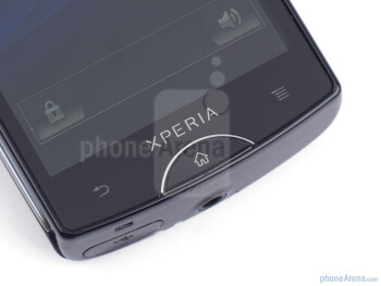 Buttons below the screen - Sony Ericsson Xperia mini Review