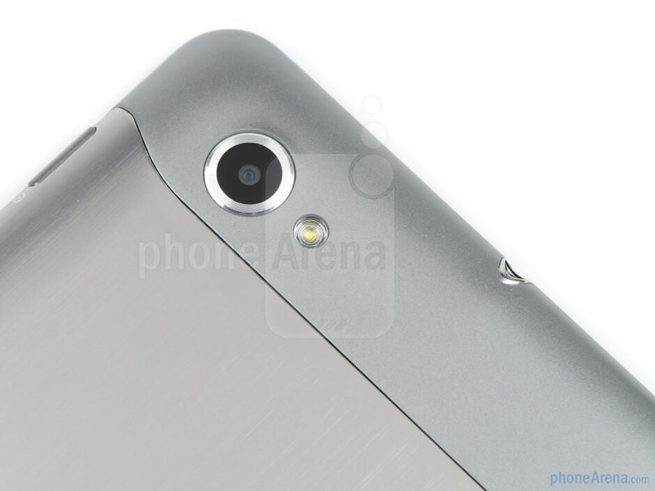 The back of the Samsung Galaxy Tab 7.7 - Samsung Galaxy Tab 7.7 Preview