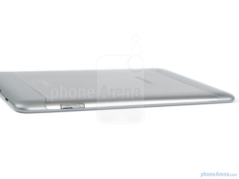 Left side with microSD card slot - Samsung Galaxy Tab 7.7 Preview
