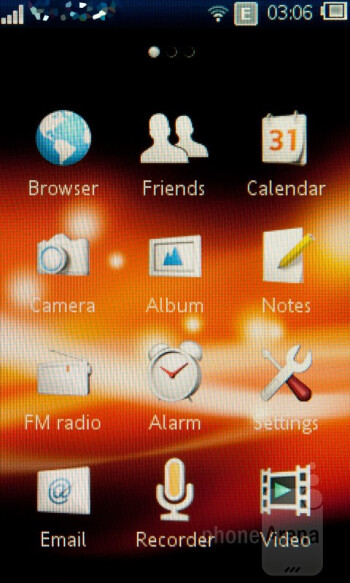 The Touch UI of the Sony Ericsson Mix Walkman - Sony Ericsson Mix Walkman Review