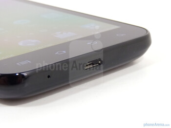 microUSB port on the bottom - Samsung Epic 4G Touch Review