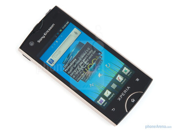 The 3.3 inches LCD display - Sony Ericsson Xperia ray Review