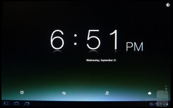 The desk clock app has a slight minimalistic and Metro-ish appearance - Sony Tablet S Review