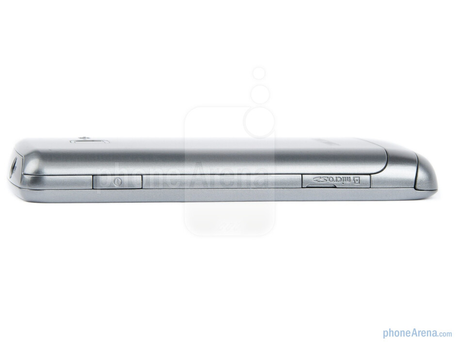 Power key and microSD slot on the right - The sides of the Samsung Wave Y - Samsung Wave Y Preview