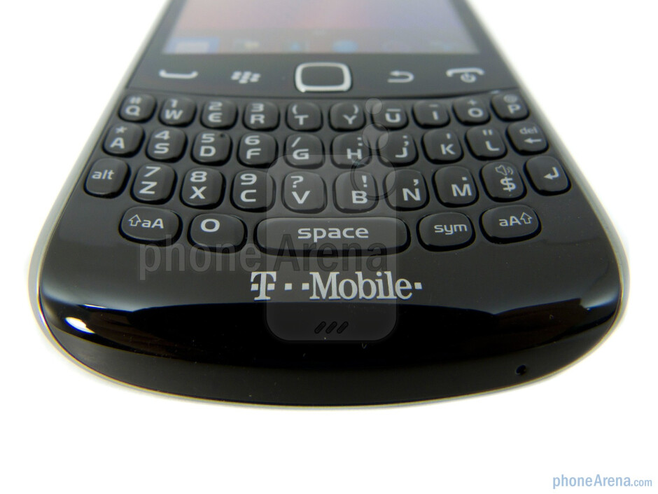 We're greeted with the same keyboard layout used by its predecessors - RIM BlackBerry Curve 9360 Review
