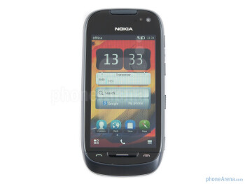 Front side - Nokia 701 Review